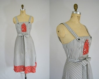 Vintage 1970s Dress / Country Hankerchief Dress / Sundress / Apron Dress / Black, White, Red