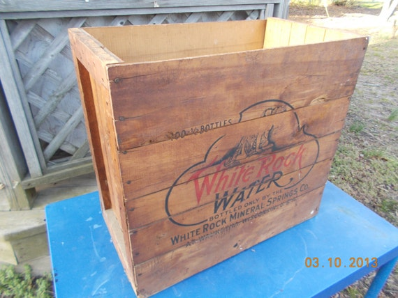 Rare - Large - Vintage White Rock Water Crate, Advertising -  from 1940s - White Rock Mineral Springs Co. - 100 - 1/2 Bottles - from