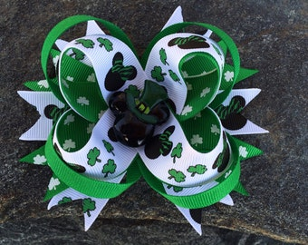 St. Patrick's Day Minnie & Mickey Boutique Resin Hairbow