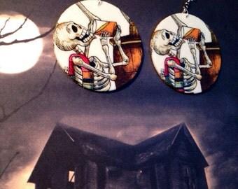 Day of the dead (Dia de Los muertos) Beer Drinking Skeleton earrings
