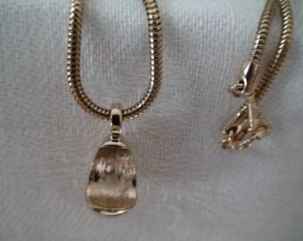VintageTear Drop Gold Pendant, Serpentine Gold Chain