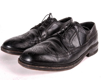 Wingtip Shoes Mens Size 9 .5 EEE Wide
