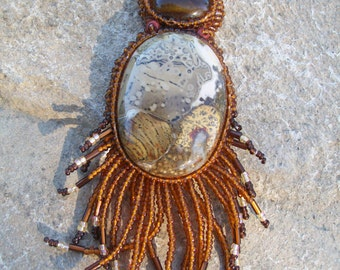 Desert colors pendant