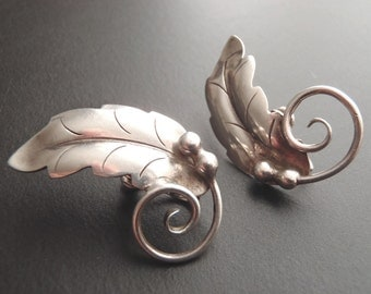 Albino Manca Vintage Sterling Silver Earrings: Leaf, Berry, & Vine with Screw Back, Rare Jewelry Signed A. MANCA Master sculptor 1940s