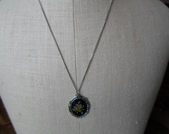 Vintage Dried Flower Blue Silver Tone Necklace On Chain 1960s to 1970s Small Dainty