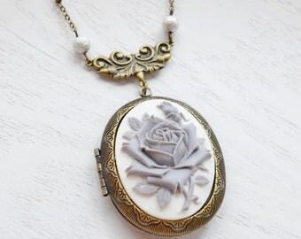 Cameo Locket Necklace, Victorian Cameo Locket Pendant, Silver Rose Necklace, Locket  Necklace, Flower Jewelry, Romantic Necklace, Keepsake