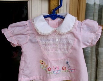 Vintage 1960's Baby Girl Blouse - Pink - 0 to 6 months - Dog, Elephant & Giraffe
