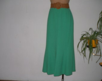 Pretty Long Skirt  Vintage / Green / EUR 38 / 40 / UK10 / 12
