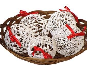 4 Lace Crochet Christmas balls, Christmas decoration, rustic Christmas ball ornament, white lace Christmas baubles decoration, transparent