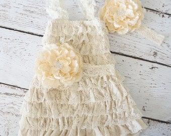 Lace Flower Girl Dress - Flower Dress - toddler dress - baby Dress - Lace Dresses - flower girl dresses - Lace ruffle dress - Petti Dress