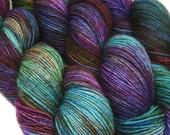 DESTINATIONS basic sock yarn MUMBAI hand dyed 75/25 sw wool/nylon 3.5oz 460 yards