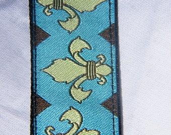 Fleur di Lis Dog Collar (Large)