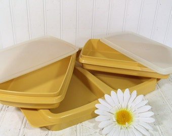 Vintage TupperWare Harvest Gold Party Tray Set - Retro Plastic 5 Pieces Yellow 4 Compartments - TupperSeals Original Complete Collection -