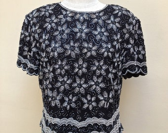80s Silver and Black Floral Beaded Silk Top // Papell Boutique // Mother of the Bride  //  Evening Wear//Scalloped Sleeve and Hem - M - L