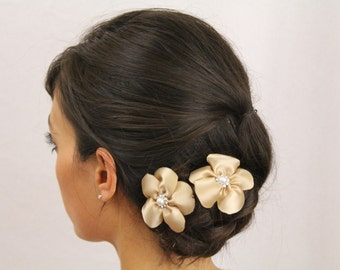 Tan Flower Hair Sticks - Ladies Adult Updo Hair Sticks Tan Flower with Pearl - Wedding or Casual Updo