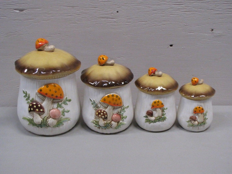 Vintage Ceramic Brown And White Mushroom Cookie Jar Jar Set