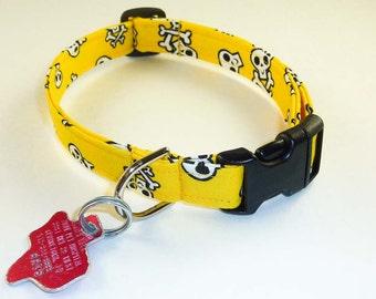 Yellow Skulls - Dog Collar - Adjustable
