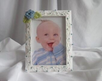 5 x 7 Crocheted Edge Photo Frame - Blue Rose
