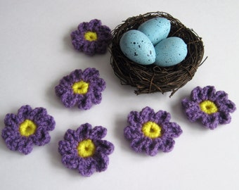 6 Crochet Daisy Applique Flowers - Set of 6 - Purple and Yellow Yarn