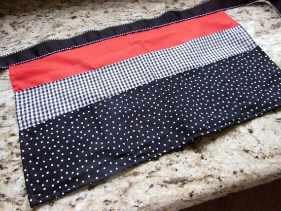 Classroom Apron- Polka Dots (black & red)