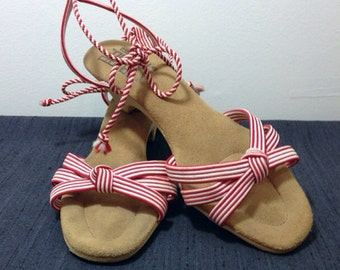 Knot Your Average // 1970s Red and White Stripped Sandals