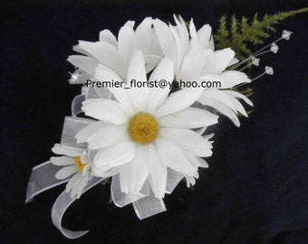 Set of 4 Daisy Wedding Corsages for Mother of the Bride or Groom, Bridesmaids. White DAISIES Silk Flowers. Handtied bows