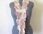 Circle t-shirt scarf in oatmeal or beige print - Eco friendly