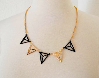 Black and Gold Pyramid  Prism Necklace, Geometric Collar Necklace, Pyramid Collar Necklace, Polygon Triangle Necklace