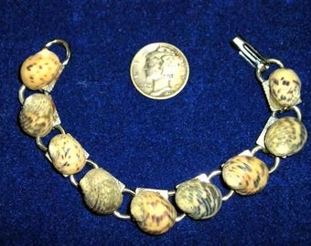 Vintage Beach Bracelet With Real Shells 1960's Jewelry 7053