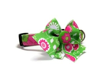 Pink and Green Lilly Dog collar size Extra Small