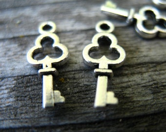 50 Tiny Silver Key Charms 16mm Antiqued Silver Skeleton Key Charms