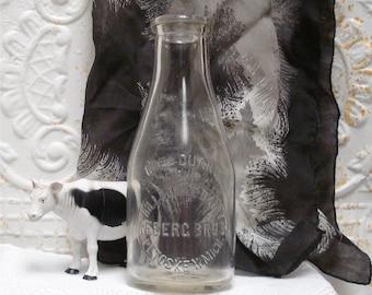 TREQ Quart Milk Bottle Hillsdale Dairy Reberg Petoskey Mich Michigan