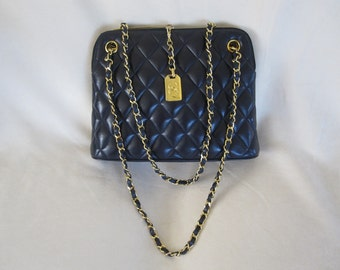 Authentic Chanel 1990 Diamond Quilt Shoulder Bag in Navy Blue Leather - Jumbo  FREE SHIPPING