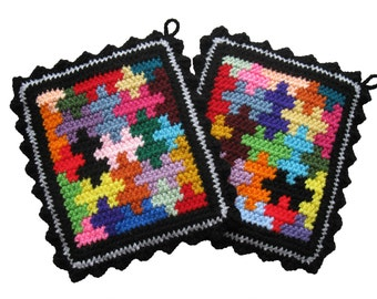 Puzzle Pot Holders.  Colorful jigsaw puzzle piece trivet.  Made to order