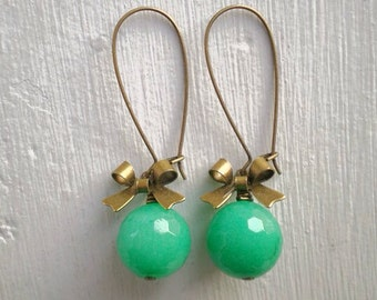 Emerald Green Jade Earrings/Green Jade earrings/Jade Earrings/Bow Earrings/Emerald Earrings/Gifts For Her/May Birthstone