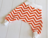 ORGANIC Baby Harem Pants/Ninja Pants in Chevron CORAL Cotton Knit/Ivory Waist and Ankles - An Eco Friendly gift idea from Cwtch Bugs