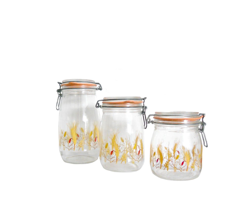 28 vintage glass canisters kitchen vintage jadeite glass