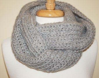 Heather Grey Super Bulky Cowl