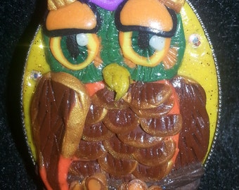Owl Pin made of Polymer Clay