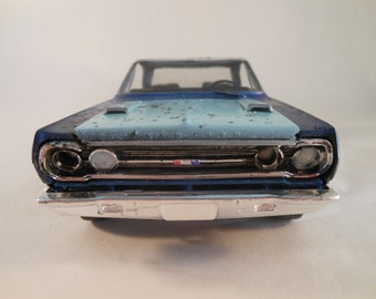 Scale Model Classicwrecks car Plymouth Blue