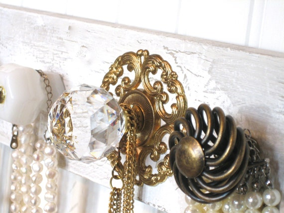 Accessories Rack for Necklaces and Scarves