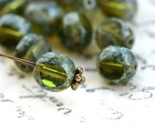Picasso olive green Czech Glass beads, fire polished, olivine, 8mm - 15Pc - 0397