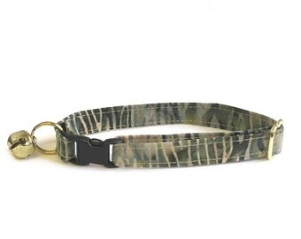 Can't See the Forest for the Trees Adjustable Cat Collar