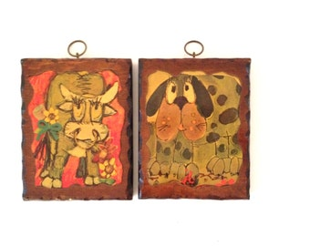 Child's Room Decor : Pair of Decoupage Wall Plaques - vintage