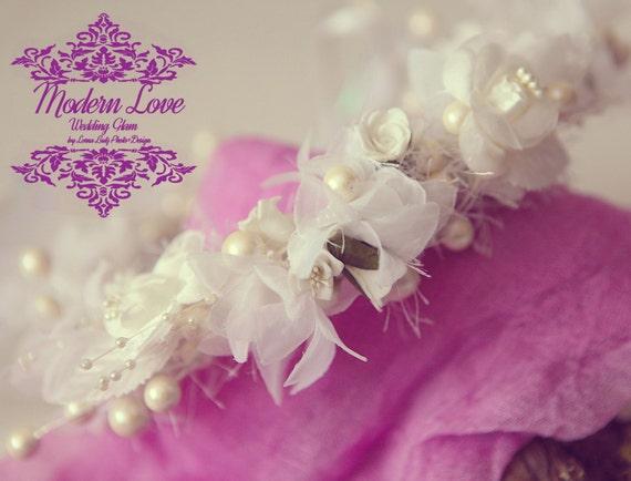 Vintage inspired white wedding head wreath, bridal, bridesmaid, flower girl  headband halo w silk flowers, berries, pearls