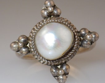 Vintage 80's Sterling Silver Pearl Ring 7