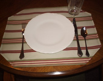 Oval stripe placemats, set of four, choose one of three fabrics. Custom made.