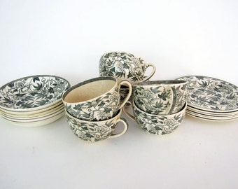 19th Century 18-pc Collection of Wedgwood Green Peoney BEST SALE PRICE