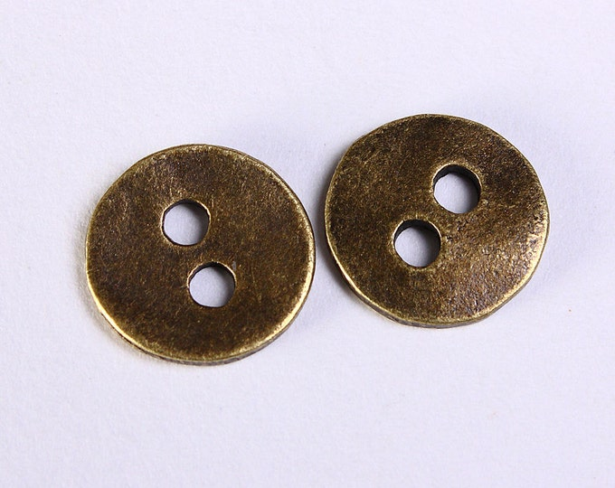 10 antique brass antique bronze 2 holes round button 11mm (1148) - Flat rate shipping