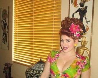 Tiki Tropical Hawaiian Luau Crop Top 1950s PinUp Rockabilly Retro Tiki Oasis Fantastically Fun and Flirty